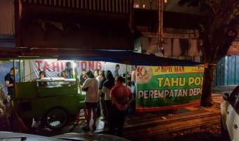Kuliner Enak Di Semarang : Tahu Pong Perempatan Depok