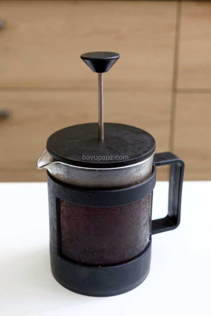 cara membuat cold brew coffee sendiri french press 6