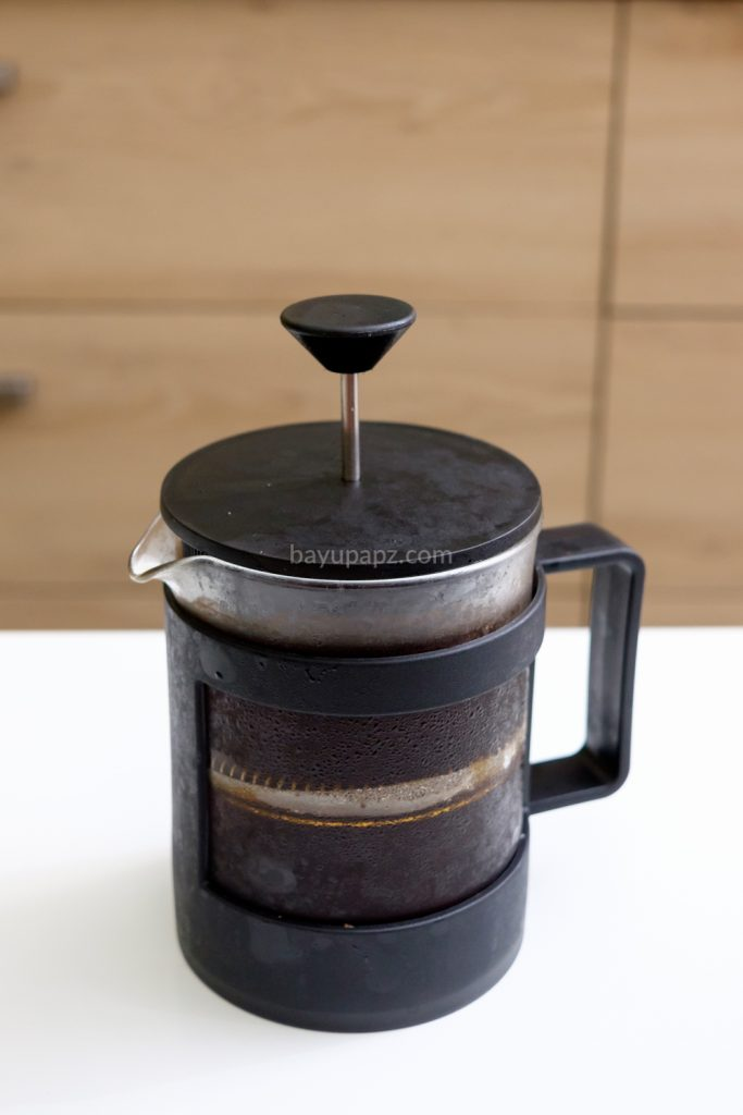 cara membuat cold brew coffee sendiri french press 7