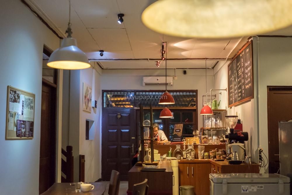 tempat ngopi enak rumah kopi ranin bogor 3