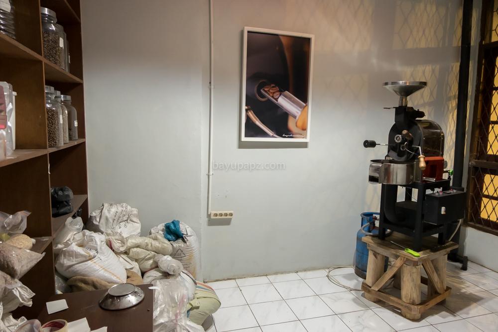 tempat ngopi enak rumah kopi ranin bogor 7