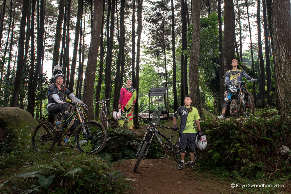 sport action photography bycicle downhill extreme sebex sentul bogor gunung pancar 1