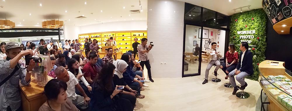 Fujifilm Wonder photo shop indonesia 8